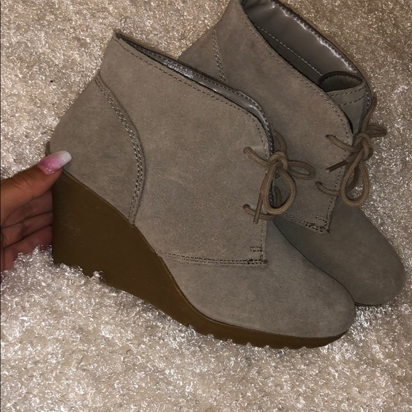 White Mountain Shoes - booties